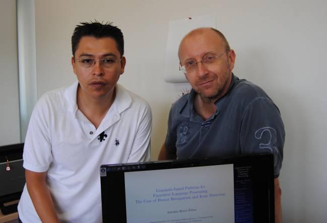 Paolo Rosso y Antonio Reyes, en las instalaciones del Laboratorio de Ingeniería en Lenguaje Natural de la UPV