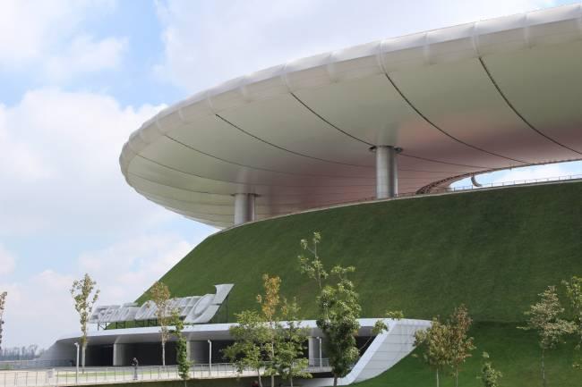 Cubierta ecológica del Estadio Omnilife (Zapopan, Zona Metropolitana de Guadalajara, México). Foto: Francesca Olivieri.