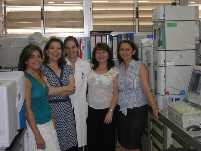 Grupo de investigación Optimización del Diseño y de la Evaluación de Medicamentos liderado por Mercedes Fernández Arévalo
