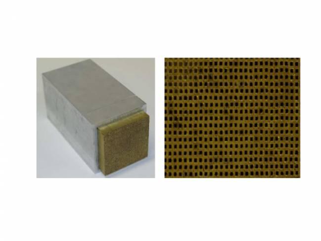 Dispositivo utilizado en los experimentos, con los 1.600 tubos pegados uno a uno manualmente