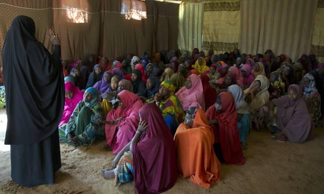 Sesión de sensibilización sobre la mutilación genital femenina