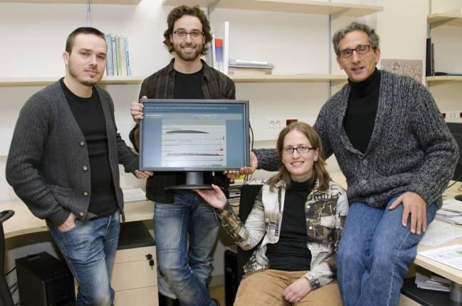 Grupo de Bioinformática de la Diversidad Genética de la UAB. De izda. a dcha. en la foto 1: David Castellà, Miquel Ràmia, Sònia Casillas y Antonio Barbadilla.