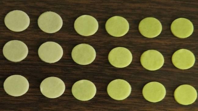 Matrices de papel bacterianas incoculadas con el colorante y muestras de diferente toxicidad.