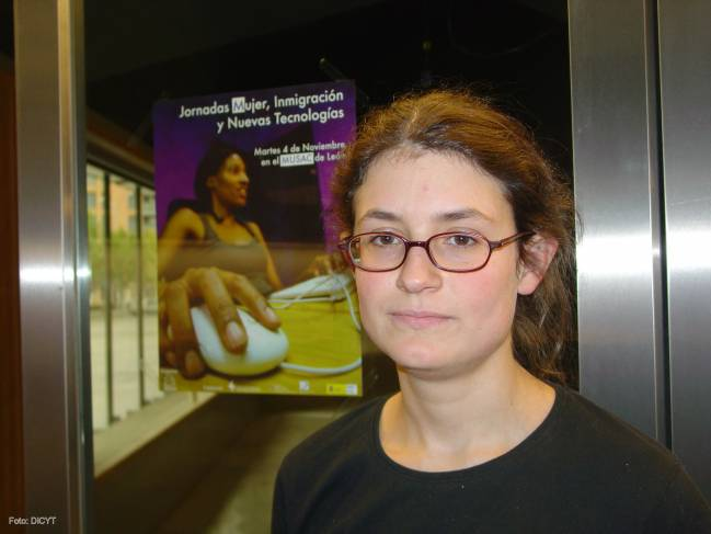 La mujer ocupa uno de cada cinco asientos en las aulas de Informática en España.