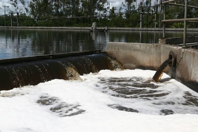 En las muestras de aguas residuales de las cinco plantas de tratamiento se han detectado 12 de los 14 fármacos psicoactivos analizados. Imagen: Gov_ba