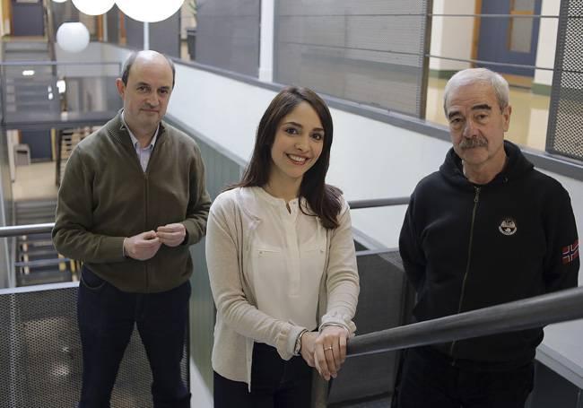 De izquierda a derecha, Manuel Sánchez de Miguel, Florencia Barreto y Enrique Arranz.