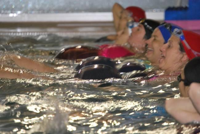 Participantes en un programa de ejercicio aeróbico para mujeres gestantes. Fuente: UPM.