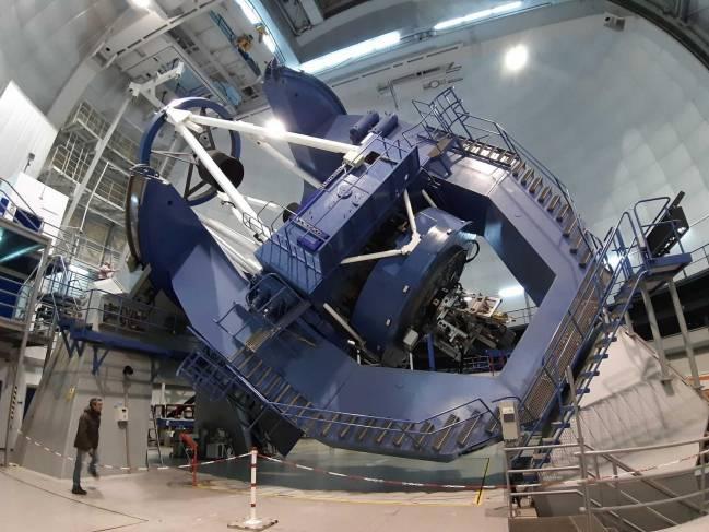 Telescopio de Calar Alto con instrumento CARMENES