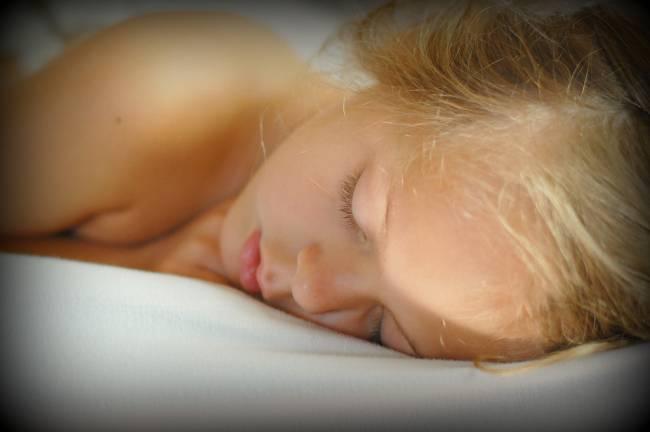 El cambio más aparente en el comportamiento y en la conciencia se da cuando nos dormimos. / Ricalamusa1
