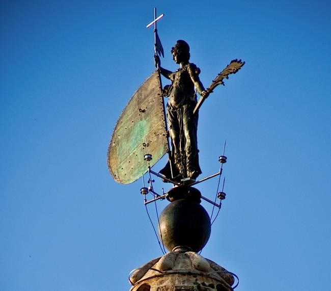 Imagen del Giraldillo de la catedral de Sevilla. Imagen: frado76