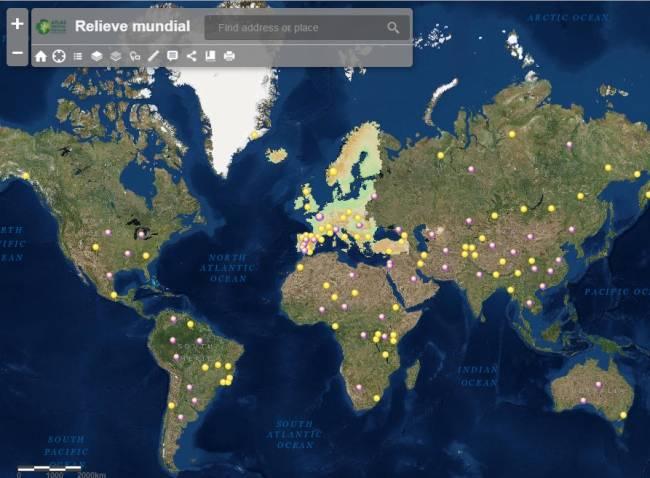 Imagen del Atlas Digital sobre el relieve mundial con algunas herramientas que se pueden aplicar.