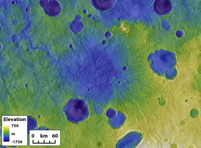 Antiguos cráteres de Marte, con un caño de salida en uno de ellos