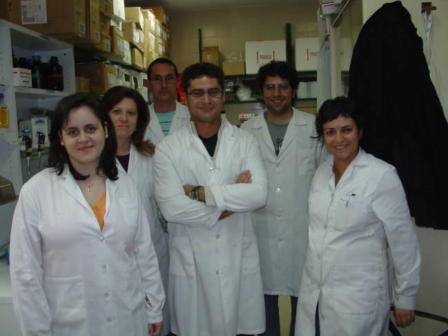 Juan Pedro Bolaños, en el centro, junto al resto de su equipo
