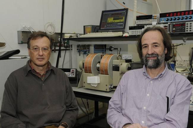 Los investigadores Antoni Planes i Lluís Mañosa de la UB han liderado el estudio.