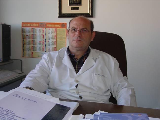 José Miguel López Novoa, en su despacho.