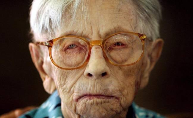 Hendrikje van Andel-Schipper durante la celebración de su 115 cumpleaños en Hoogeveen (Holanda). / Efe