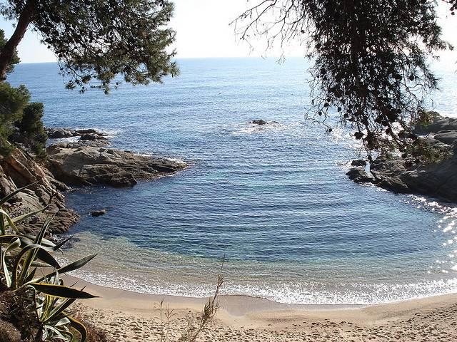 Playa de la Costa Brava. / Rsallo