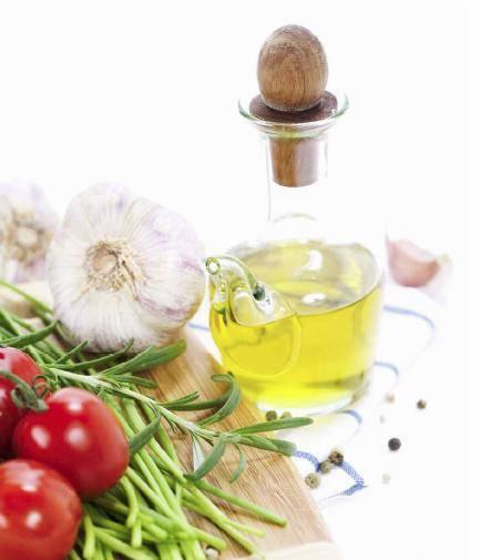 Los estudios científicos analizan los efectos de la dieta mediterránea sobre la salud.
