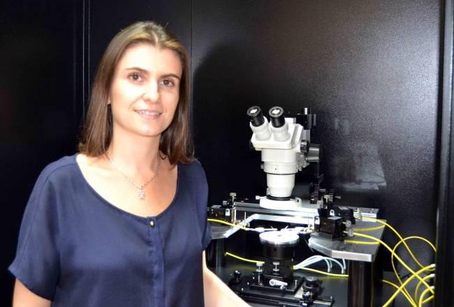 La doctora Rocío Ponce ha participado en la elucidación estructural químico-cuántica del estudio. /UCIENCIA