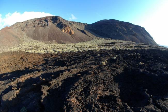 La creación del nuevo volcán submarino en El Hierro produjo la expulsión de una gran cantidad de material magmático y gases. / Cabildo El Hierro.