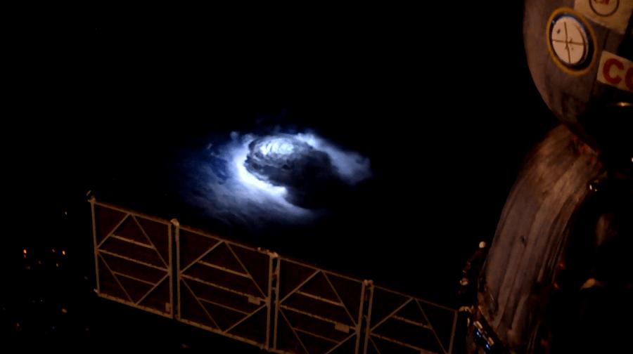 Tormenta vista desde la estación espacial internacional