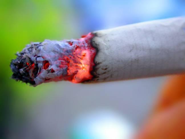La exposición pasiva al humo del tabaco se asocia con el Síndrome de fragilidad