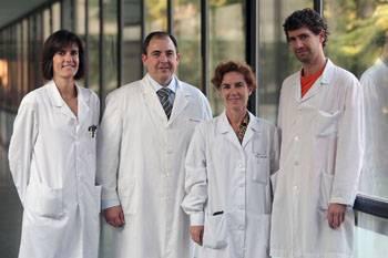 Los investigadores Diana Ansorena, Iñigo Navarro, Iciar Astiasarán y Mikel García-Iñiguez, autores del estudio.