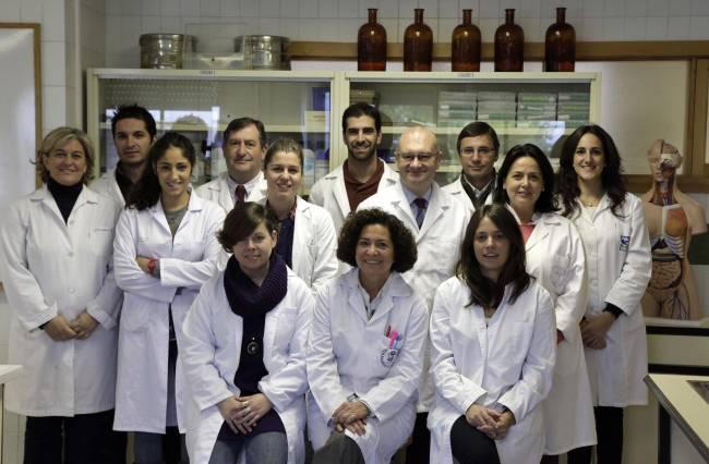 El grupo de investigación 'AGR-145: Fisiología Digestiva y Nutrición' de la Universidad de Granada, al que pertenecen los científicos que han realizado este trabajo. Virginia Aparicio es la quinta por la izquierda (de pie), y Elena Nebot, la primera por la derecha.