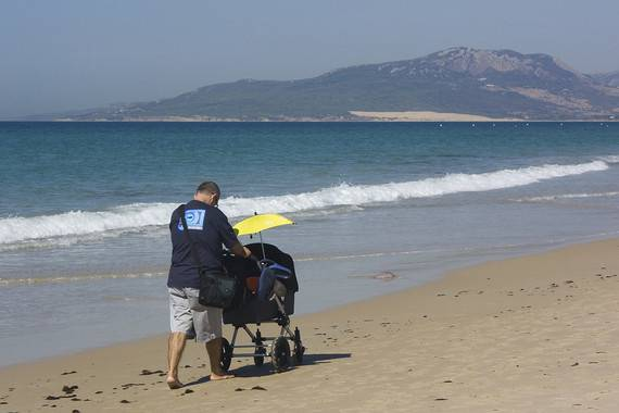 Las políticas de apoyo a la paternidad fomentan más implicación de los padres. / Antonio Guerra.
