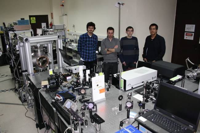 Junto a investigadores de la Universidad de Vigo, un joven científico del Centro de Láseres Pulsados de Salamanca ha publicado un artículo en 'Physical Review Letters'