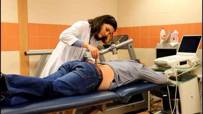 Una de las pruebas de dolor realizadas