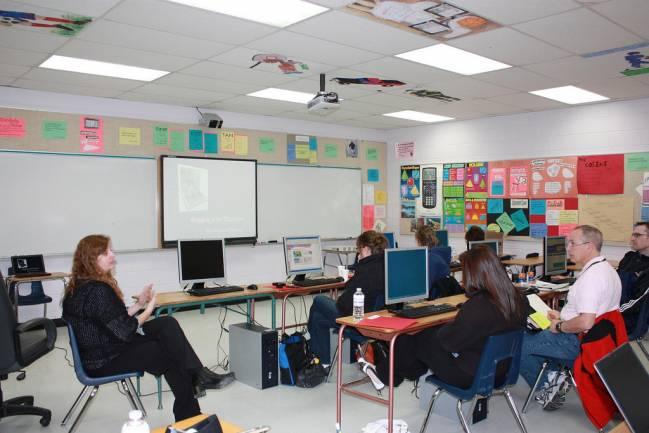 La formación continua en TIC ayuda a los profesores a mejorar sus competencias digitales. / Danny Nicholson.