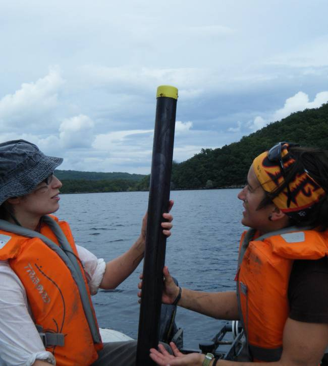 Una publicación en la revista científica 'Quaternary Science Reviews' revela la influencia del Atlántico Norte en el clima del Noroeste de la península ibérica gracias a los datos obtenidos en Sanabria, así como la historia del emblemático lago