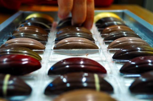 Los investigadores eligieron como premio el chocolate para averiguar el grado de honestidad / Rafael Miro.