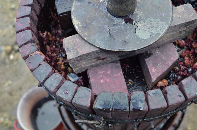 Los residuos de la industria del vino constituyen una materia prima interesante para el biodiesel en países con una importante producción vinícola.