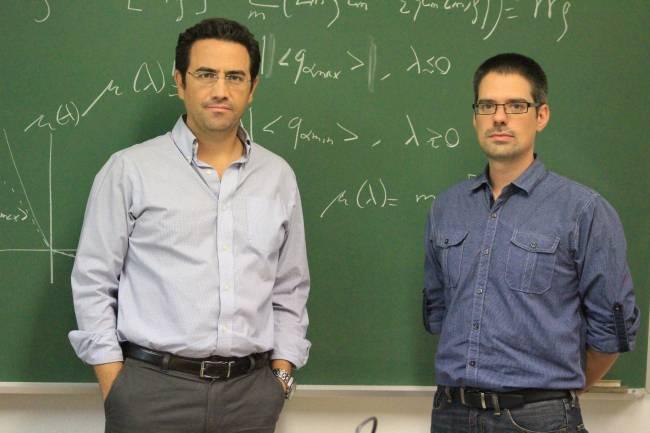Los investigadores Pablo Ignacio Hurtado, de la Universidad de Granada, y Daniel Manzano, del MIT, autores de este trabajo.