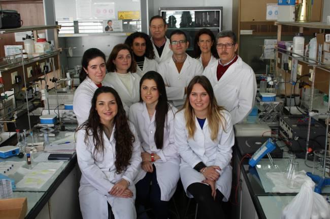 Investigadores del grupo 'Análisis Químico' de la Universidad de Sevilla / Fundación Descubre