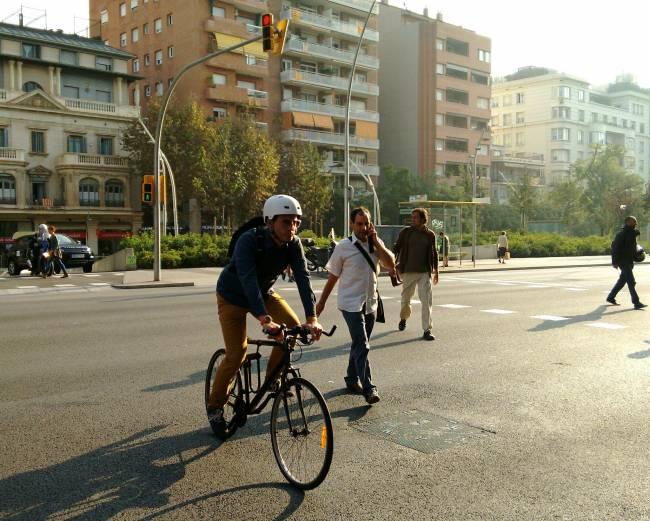 Biclicleta y peatones