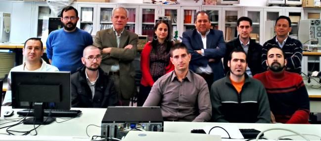 El grupo ISIS del Departamento de Tecnología Electrónica de la Universidad de Málaga. Imagen: Fundación Descubre