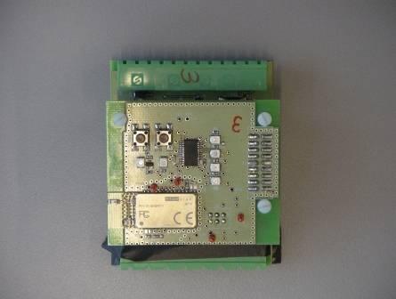 Nodo Bluetooth 2.0 desarrollado por el Grupo de Investigación de Diseño Electrónico de la UPV/EHU