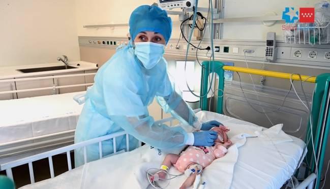 bebé trasplantado en el hospital