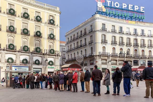 Tres de cada cuatro residentes en España compran Lotería de Navidad