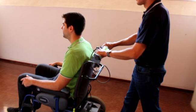 Pruebas con sillas de ruedas / Fundación Descubre