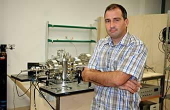 El investigador Bruno Martínez Haya