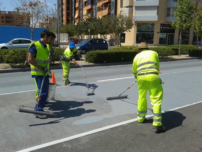 El nuevo producto aumenta la adherencia de los vehículos a la carretera