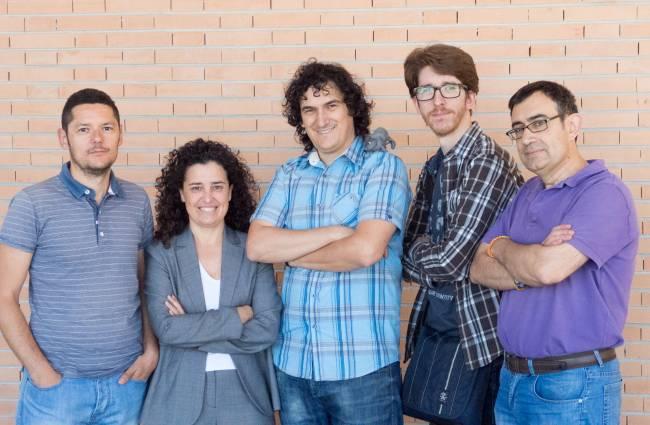 Investigadores del Departamento de Arquitectura y Tecnología de los Computadores de la Universidad de Granada / Fundación Descubre