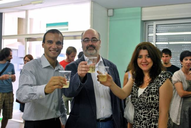 Gianluca De Lorenzo, Mario Martínez, y Monica D'Onofrio en el IFAE.