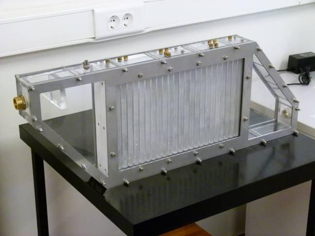 Vista del prototipo de almacenamiento de energía térmica desarrollado por miembros del grupo de investigación consolidado ENEDI (Energética en la edificación) de la UPV/EHU.