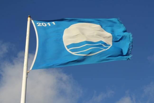 Bandera azul de 2011. / Contando Estrelas