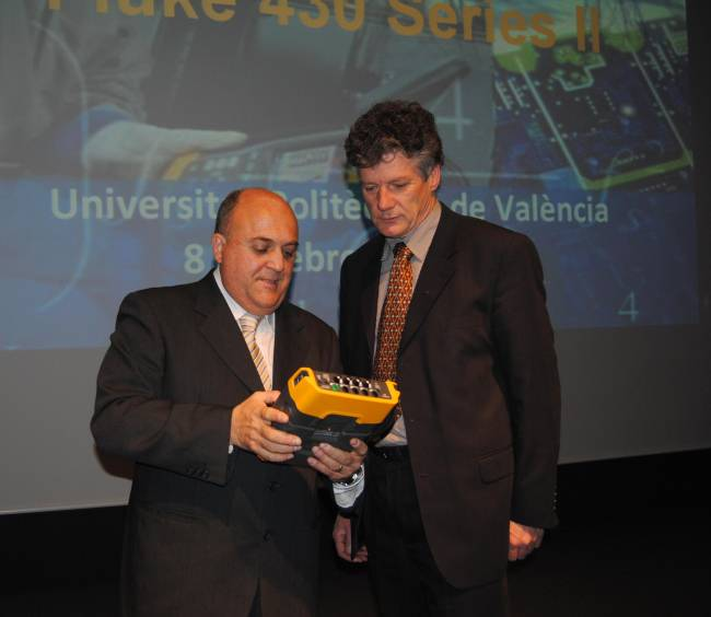 El investigador de la UPV, Joaquín Montañana, y Henk Ter Harmsel – Product Planning - Fluke Europe B.V
